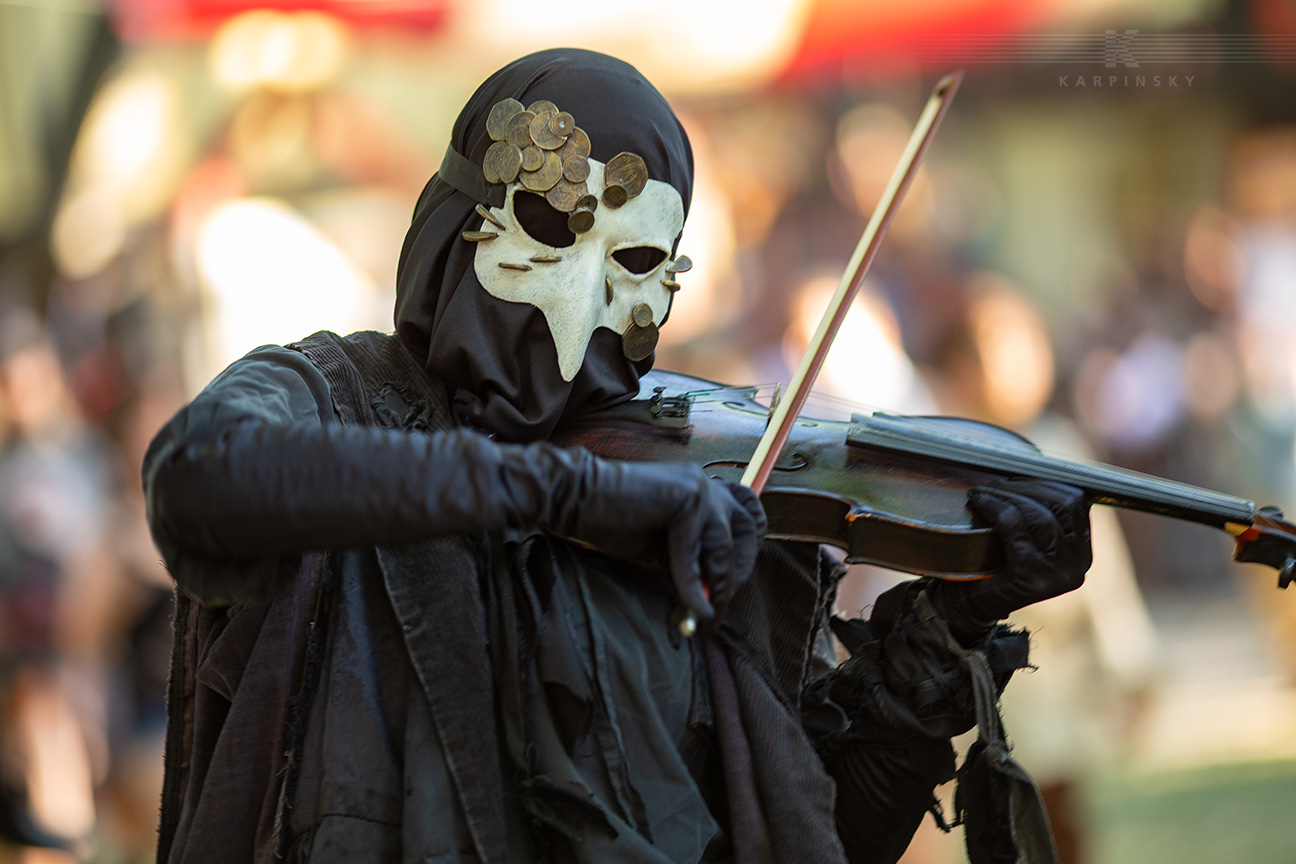 Entertainment: The Danse Macabre violinist