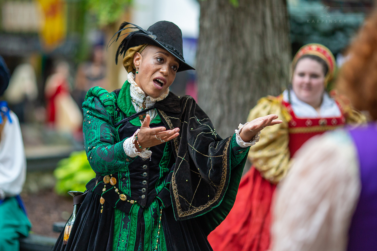 Entertainment: Street Corner Shakespeare noble lady