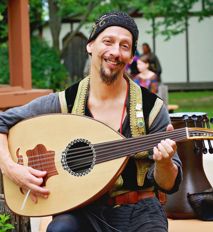 Entertainment: Nazario Chickpeazio musician lute oud