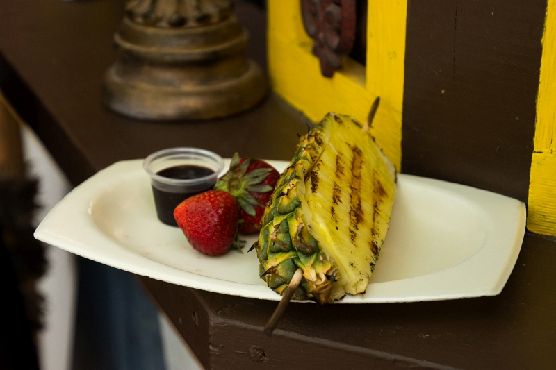 food grilled pineapple