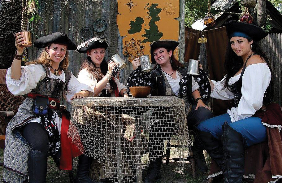 pirate ladies with mugs