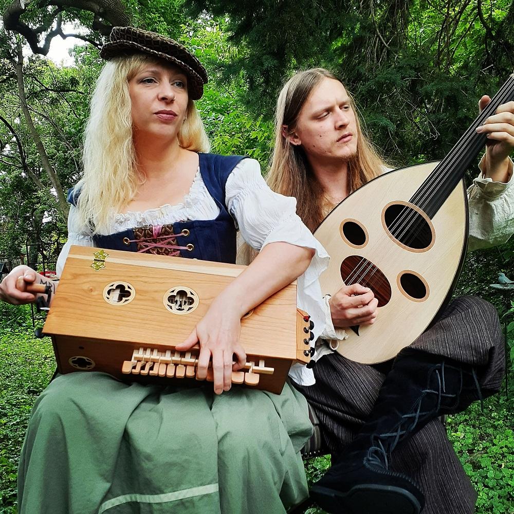 Entertainment: Trollmoss musicians hurdy gurdy ood