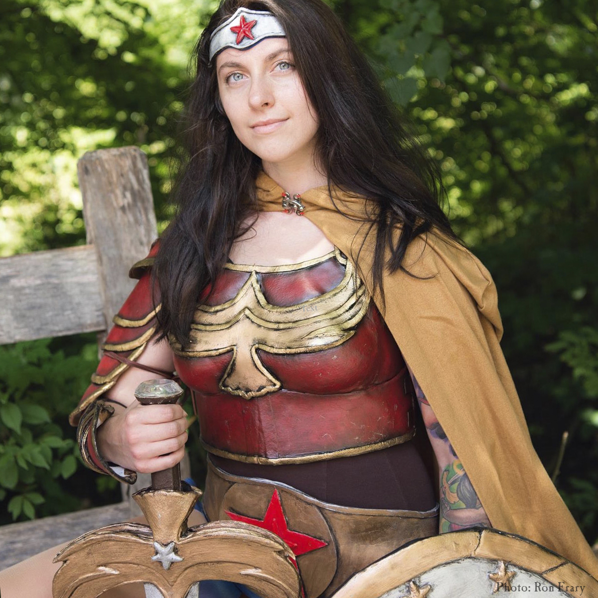 Theme Weekend: Heroes & Villains Weekend wonder woman cosplayer