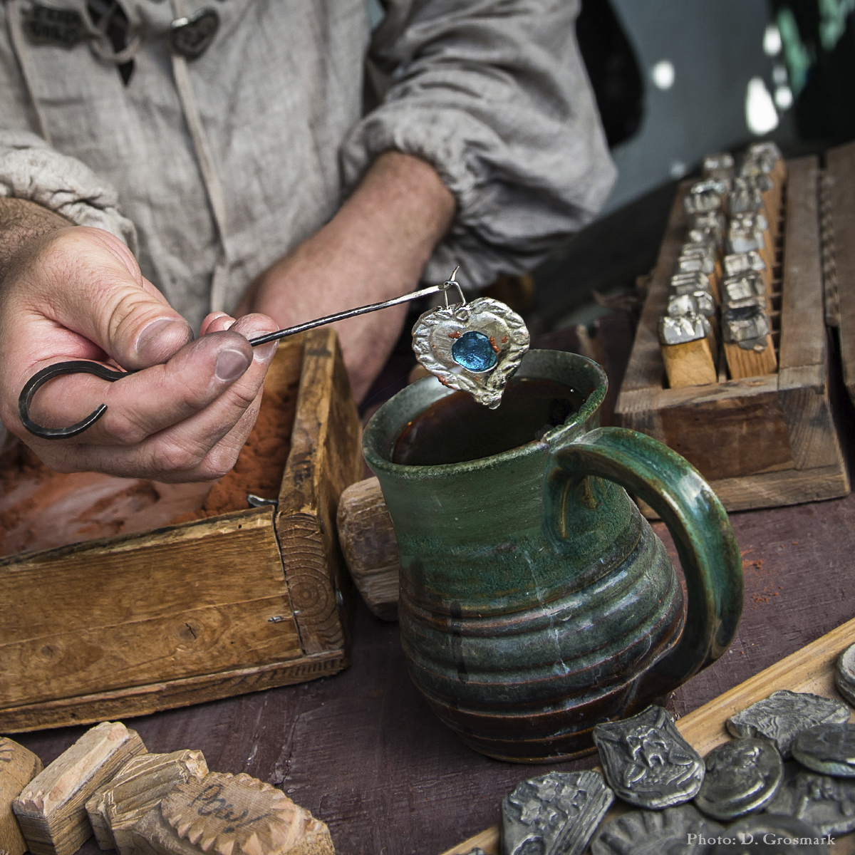 Theme Weekend: Marketplace Weekend merchant vendor artisan craftsman shopping
