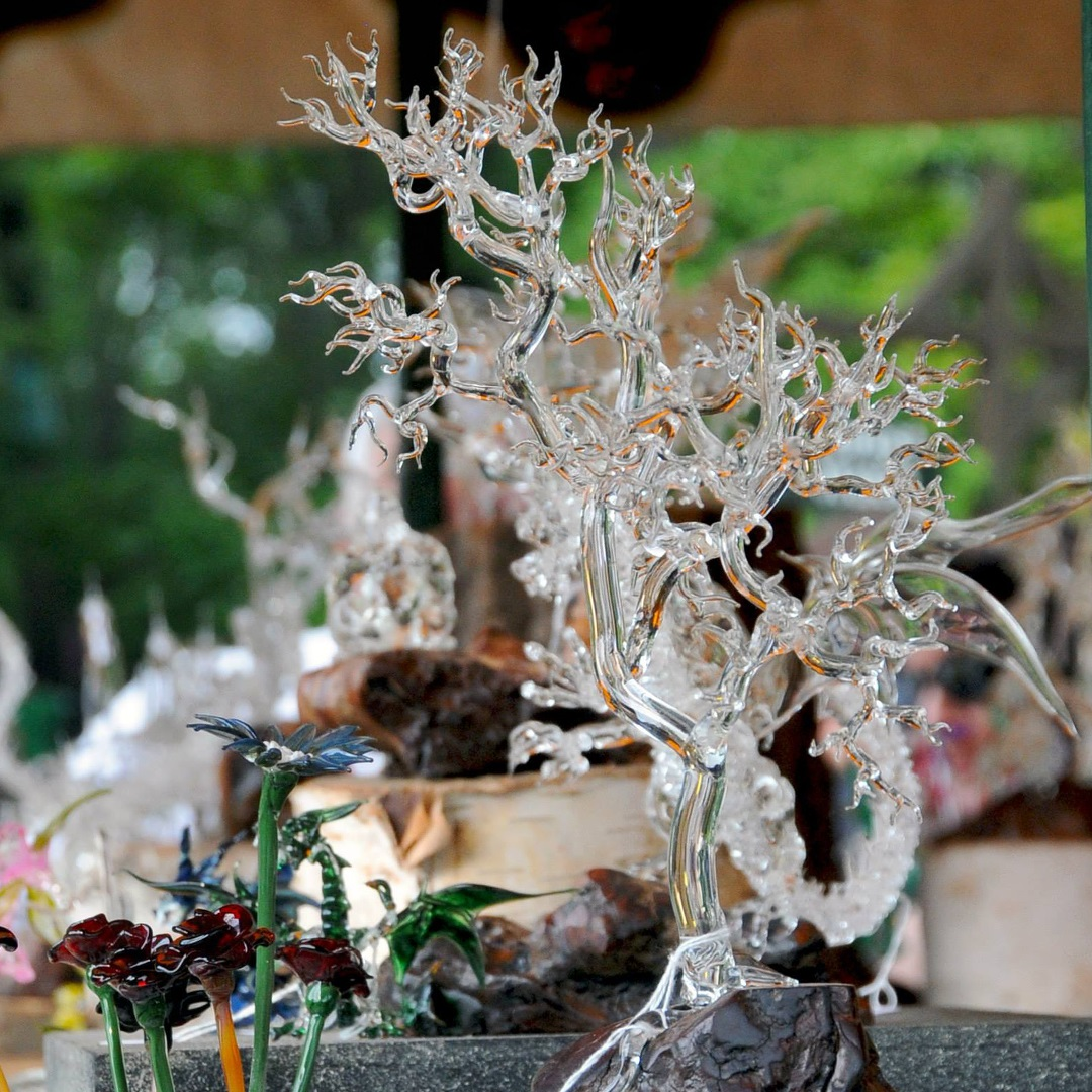 Artisan Marketplace Shopping: Clear Creations glass blowing sculpture
