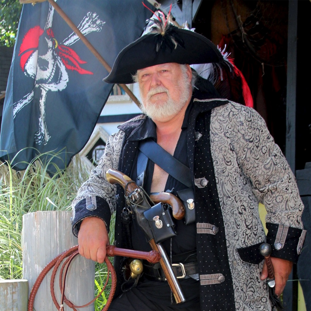Artisan Marketplace Shopping: Crow's Nest pirate costume and accessories