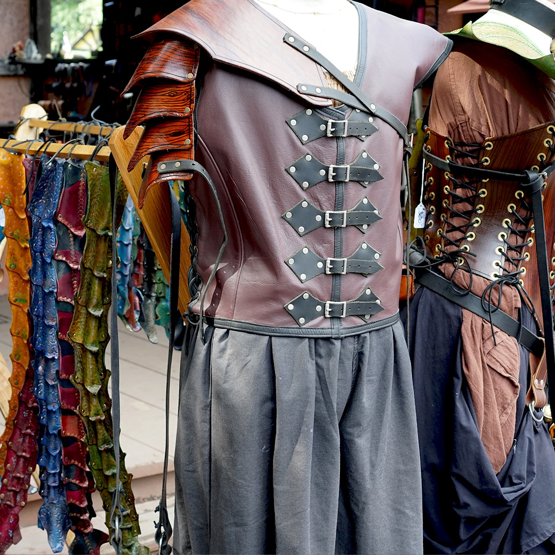 Artisan marketplace vendor: Emporium Custom Leathers Leather Armour & Accessories