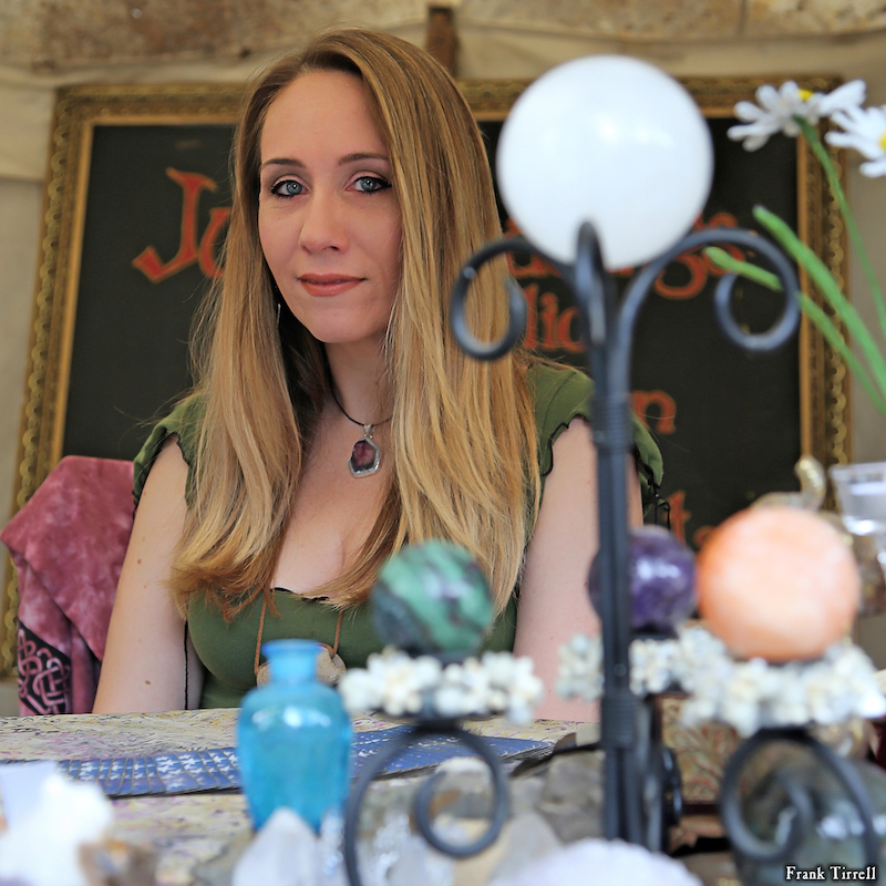 Artisan Marketplace Merchant Vendor: House of JuJu psychic readings